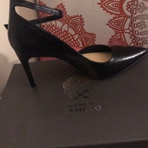 Vince Camuto high heel shoes